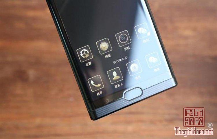 Smartphone-M2017 (2).jpg