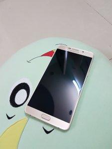 Galaxy A9 pro chính hãng còn bh 8 tháng giá đi nhanh
