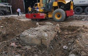 Cận cảnh mộ cổ 100 năm được phát hiện trong bưu điện Phú Thọ - Sài Gòn