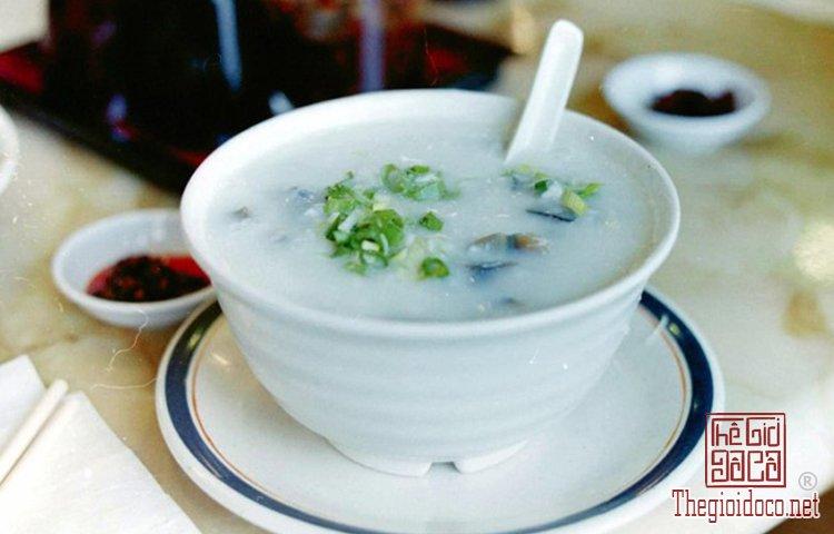 Những món ngon bình dân nổi tiếng tại Trung Quốc (1).jpg