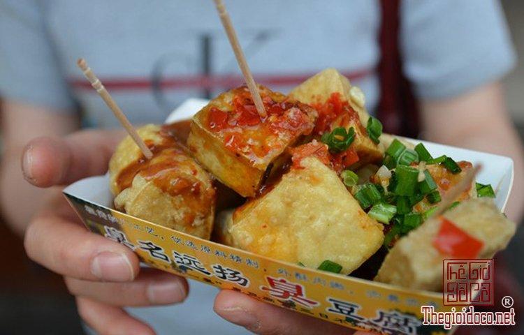 Những món ngon bình dân nổi tiếng tại Trung Quốc (10).jpg