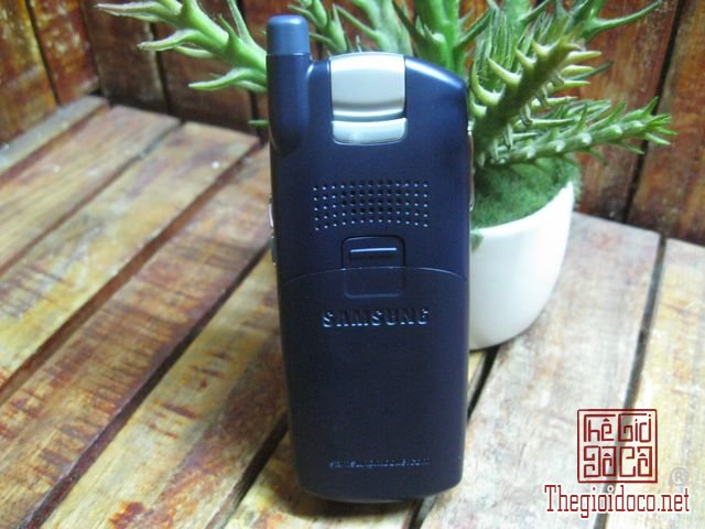 Samsung-SGH-Z130 (2).JPG