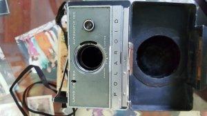 Máy ảnh mỷ xưa hư làm tiêu bản     t