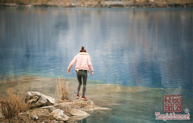 hồ nước xanh (4).jpg