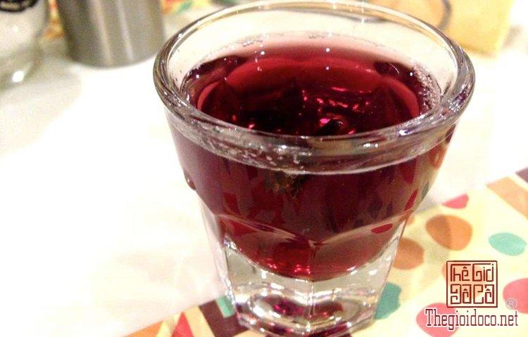 Rượu và bánh truyền thống trong Giáng sinh ở Hy Lạp (1).jpg