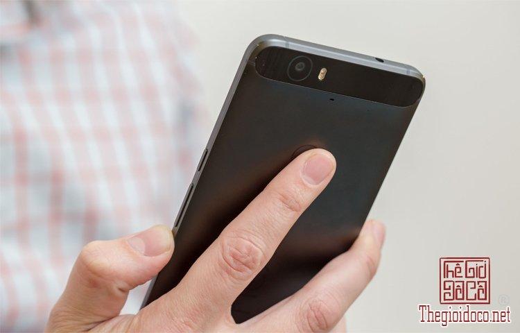 Nexus 6P (1).jpg