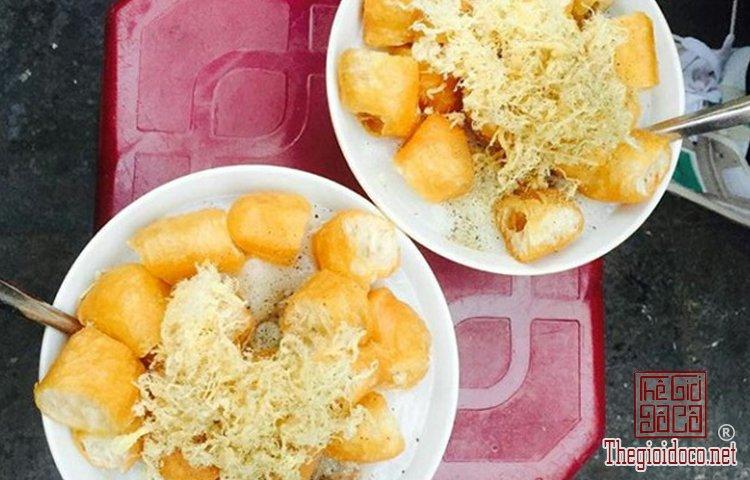 Những món cháo nóng hổi làm ấm mùa đông Hà Nội (6).jpg