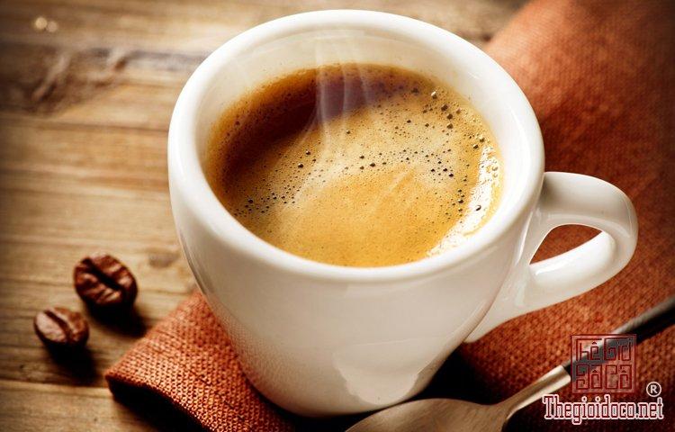 Bí quyết uống espresso sành như người Italy (1).jpg