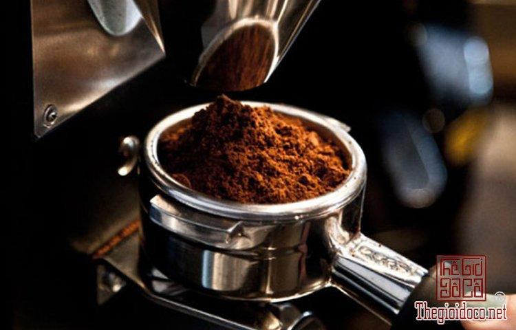 Bí quyết uống espresso sành như người Italy (2).jpg