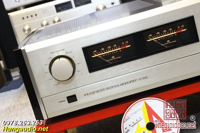 accuphase e305 2.jpg