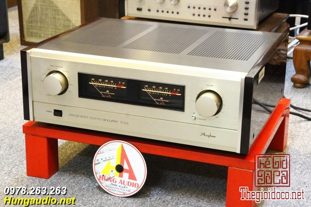 accuphase e305 1.jpg