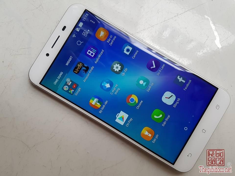Asus Zenfone 3 Max (2).jpg