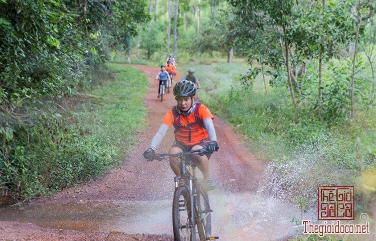 Jungle-biking (6).jpg