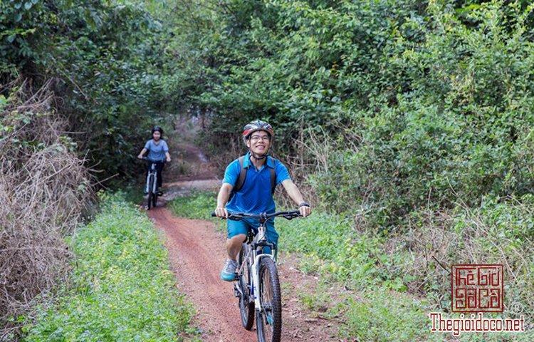 Jungle-biking (9).jpg