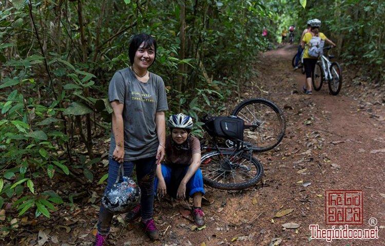 Jungle-biking (16).jpg