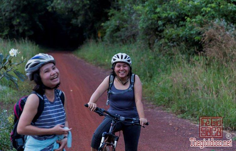 Jungle-biking (17).jpg