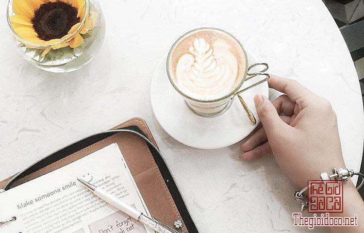 Nhung-Quan-Cafe-Dep-O-Sai-Gon (20).jpg