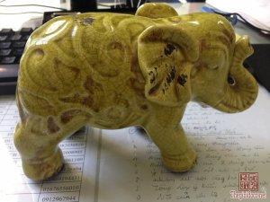 Tượng voi sứ