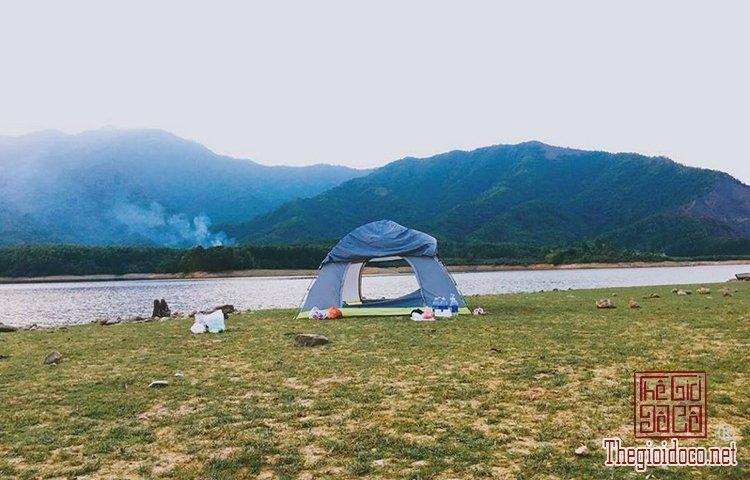 Hồ Hòa Trung (4).jpg