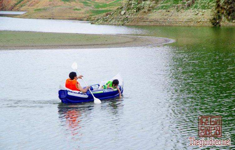 Hồ Hòa Trung (5).jpg