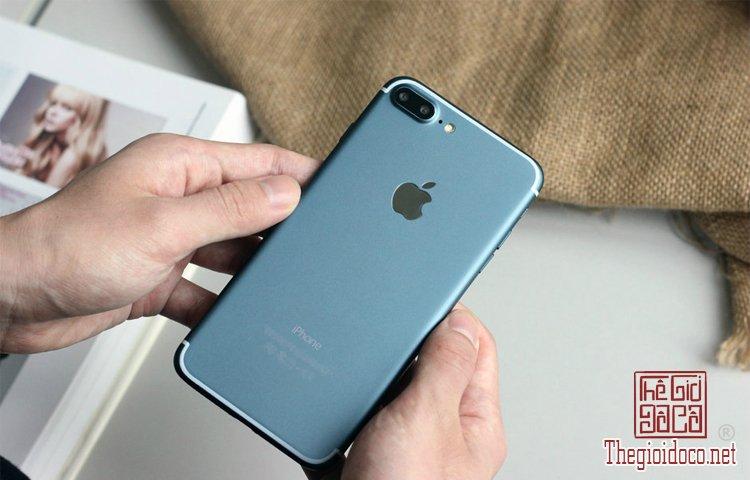 iPhone 7 (1).jpg