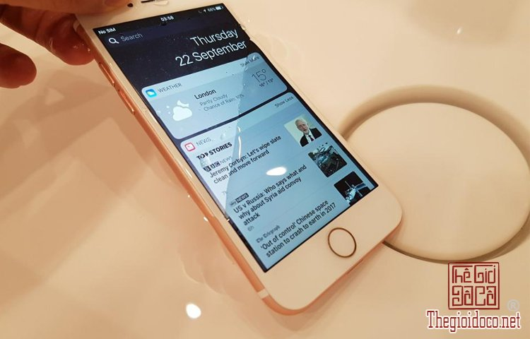 iPhone (2).jpg