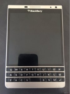 Bán Blackberry Passport Silver