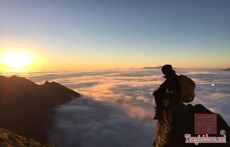 Chinh phục đỉnh Phú Lương (11).jpg