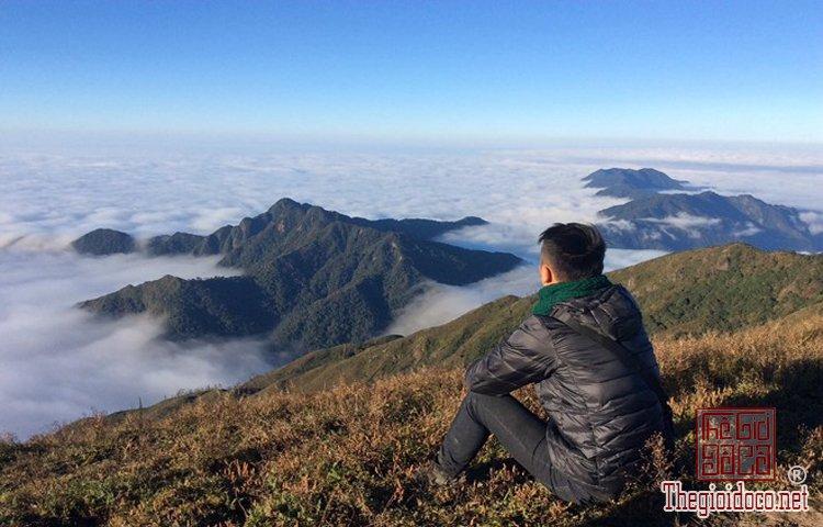 Chinh phục đỉnh Phú Lương (12).jpg