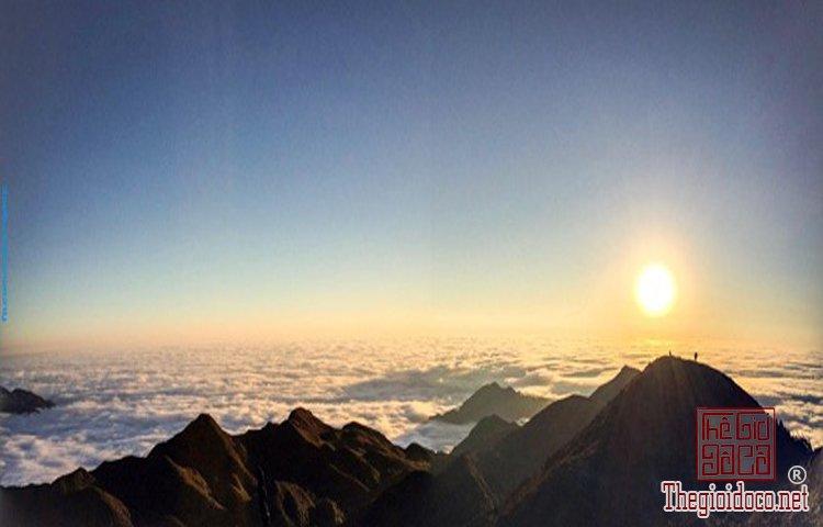 Chinh phục đỉnh Phú Lương (13).jpg