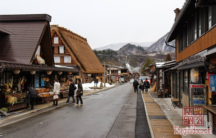 Làng cổ Shirakawa-go (5).jpg