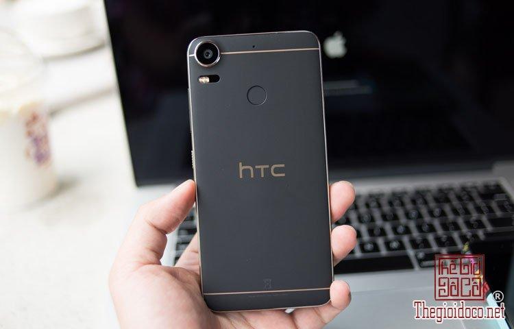 Smartphone HTC (2).jpg