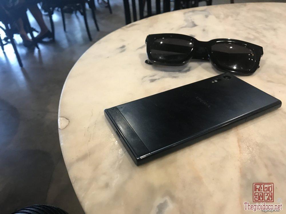 Sony Xperia XZ (2).JPG