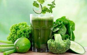 Sinh tố cải xoăn và trái cây - thức uống dưỡng da, giữ dáng