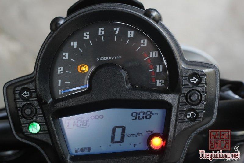 Kawasaki Vulcan S650 (6).jpg