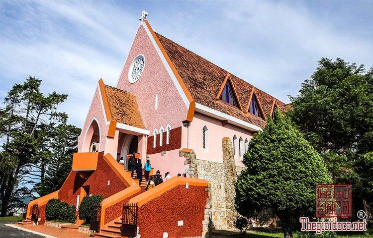 Nhà thờ Chính tòa và Domaine de Marie (7).jpg