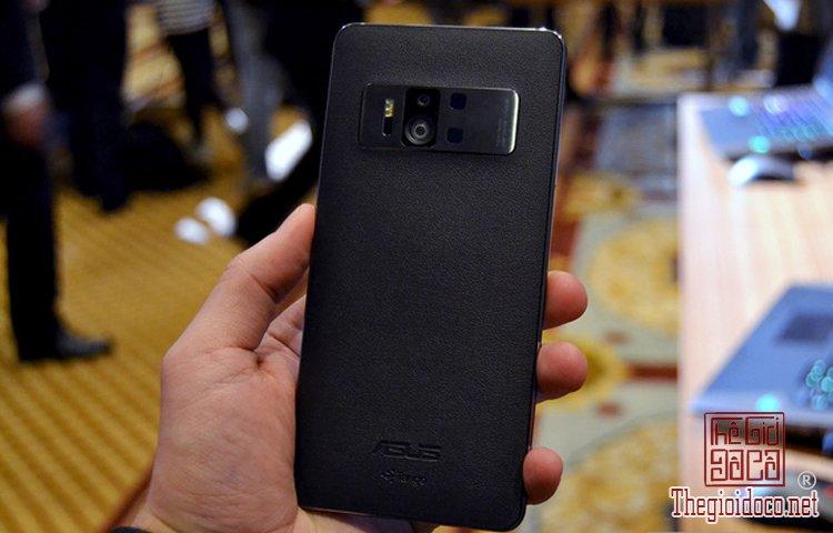 ZenFone AR (1).jpg