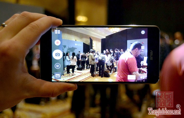 ZenFone AR (4).jpg