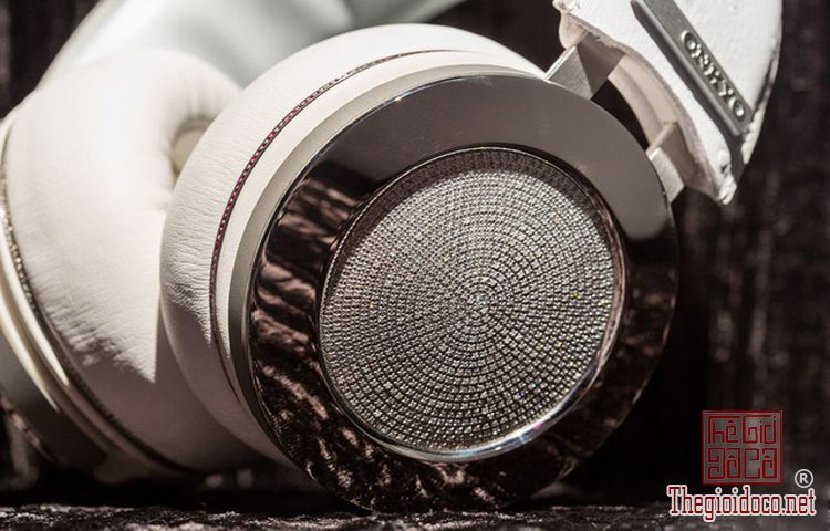 Onkyo Diamond Headphones (2).jpg