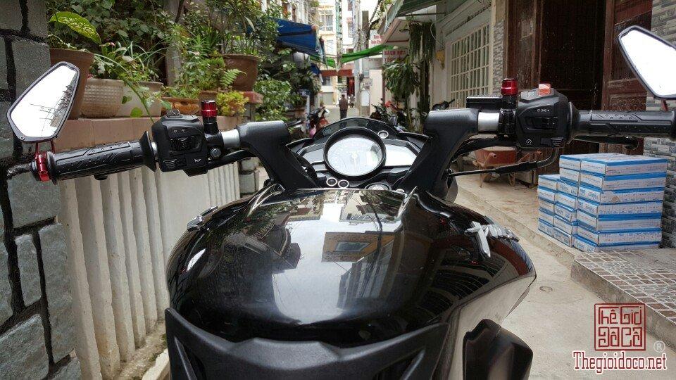 Moto Pulsar 200NS (5).jpg