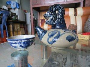 bộ ấm uống trà gốm sứ  xưa cổ cực hiếm , men rạng , lành tít