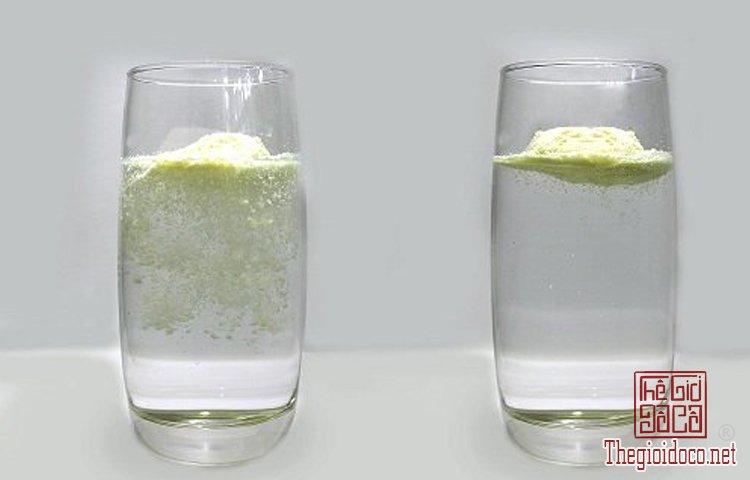 Cách phân biệt sữa thật (2).jpg