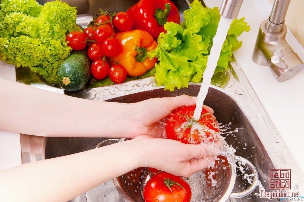 Cách rửa rau củ sạch và an toàn.jpg
