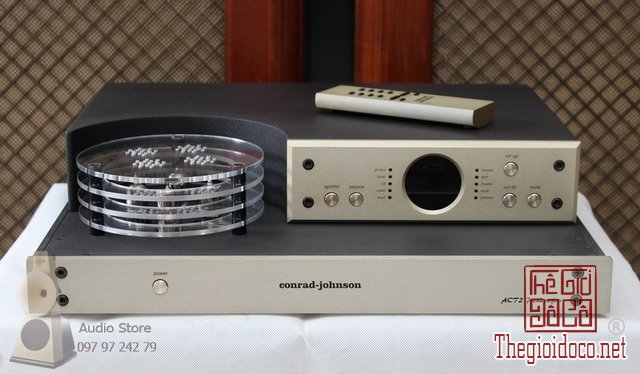 Pre đèn Conrad-Johnson ACT2 (1).jpg