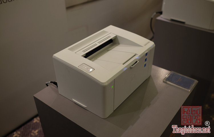 HP LaserJet Pro M100  (8).jpg