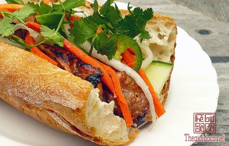 bánh mì sài gòn (5).jpg