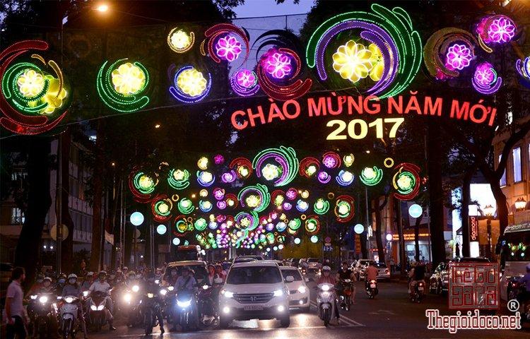 Tết trên đường Phạm Ngọc Thạch  (9).jpg