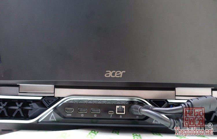 Acer Predator 21X (5).jpg