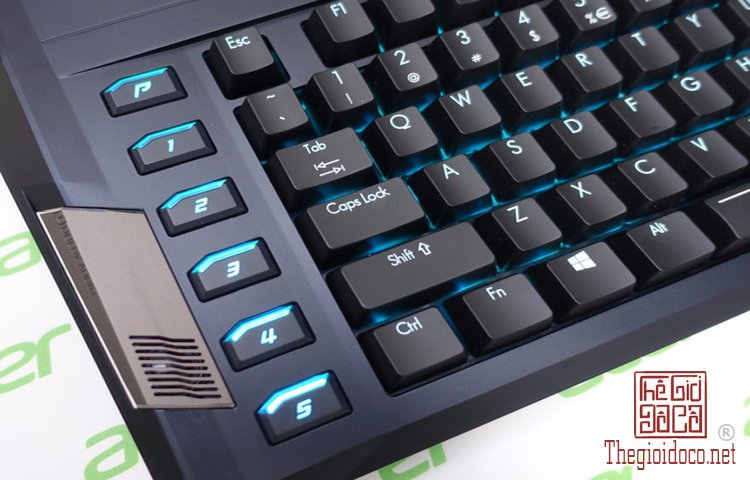Acer Predator 21X (10).jpg