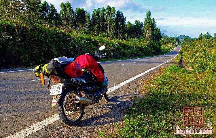 Cung đường xuyên Việt (1).jpg